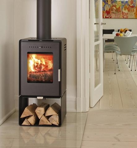 aduro 10 black 5kw wood burning stove. Black Bedroom Furniture Sets. Home Design Ideas